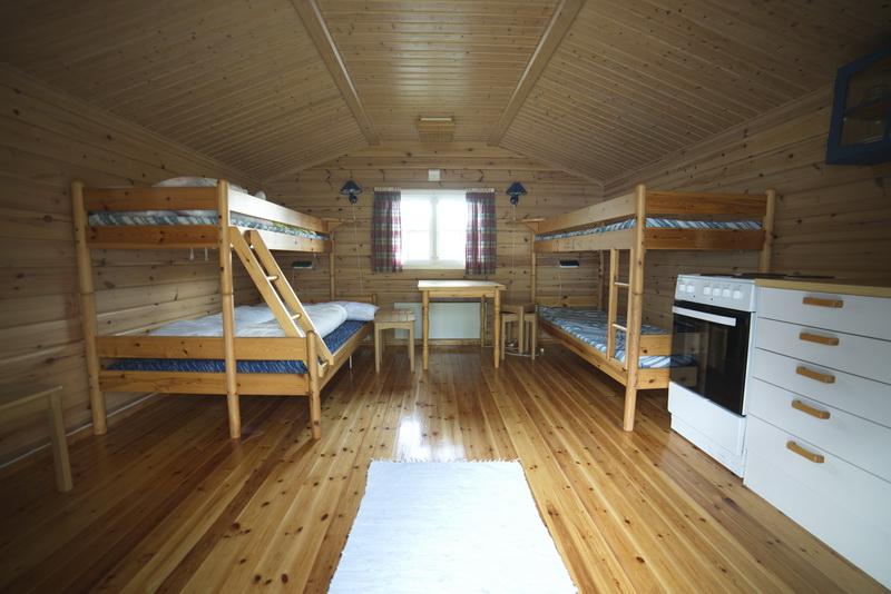 Bilde av innsiden av ei hytte